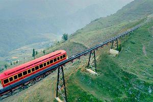 Khai trương tuyến tàu hỏa leo núi dài nhất Việt Nam