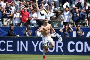 Ibrahimovic có khởi đầu như mơ ở MLS