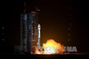 Trung Quốc phóng 3 vệ tinh quan sát Trái Đất độ phân giải cao