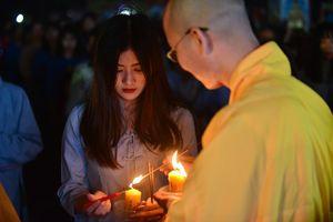 Hình ảnh lung linh tại đêm hội hoa đăng Tây Thiên