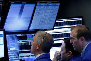 5 yếu tố khiến giá cổ phiếu công nghệ lao đao