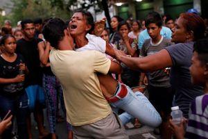 Venezuela bắt giam nhiều quan chức liên quan vụ bạo loạn tại đồn cảnh sát