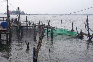 Lo lắng nạn trộm cá bằng kích điện trên phá Tam Giang