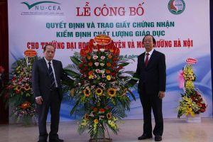 Công bố Quyết định và trao Giấy chứng nhận kiểm định chất lượng giáo dục cho Trường Đại học TN&MT Hà Nội