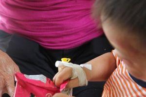 Không xử lý hình sự đối với cha dượng đánh bé 3 tuổi nhập viện
