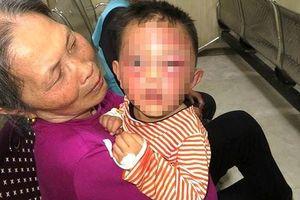Không xử lý hình sự vụ bố dượng bạo hành bé trai 3 tuổi