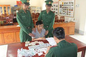 Quảng Ninh: Bắt giữ đối tượng vận chuyển trái phép 200 gói ma túy
