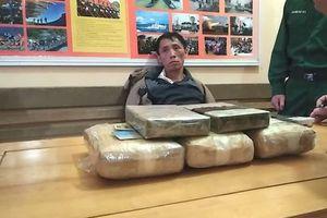 Vây bắt đối tượng vận chuyển ma túy, 1 cảnh sát bị thương