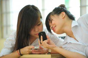 Phụ huynh Hà Nội ủng hộ cấm sử dụng điện thoại trong giờ học