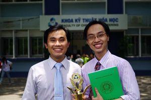 Hai người Việt vào top 100 nhà khoa học châu Á
