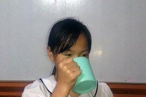 Lý lịch bất ngờ cô giáo phạt học sinh 'súc miệng' nước giặt giẻ