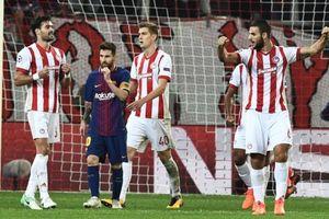 Không thể vô địch, cầu thủ Olympiakos 'được' nghỉ đấu trước 4 vòng