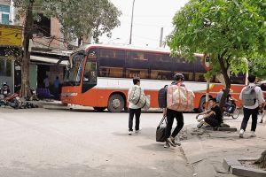 Hà Nội: Nhiều hãng xe ngang nhiên ra Mỹ Đình lập 'bến cóc'