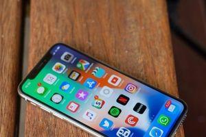 iPhone X ế ẩm, đối tác ăn theo cũng khóc ròng