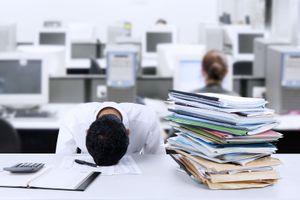 Hàn Quốc 'loay hoay' ép nhân công giảm giờ làm