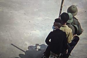 Nhóm thanh niên mang vũ khí vào trường 'dằn mặt' học sinh ở Hà Tĩnh