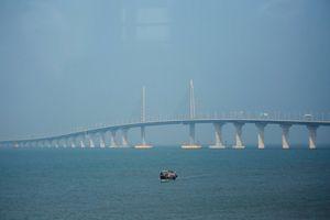 Chiêm ngưỡng cầu vượt biển dài nhất thế giới trước ngày khánh thành