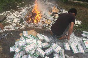 Hơn 10 nghìn hộp sữa từ thiện sắp hết hạn phải mang đi tiêu hủy