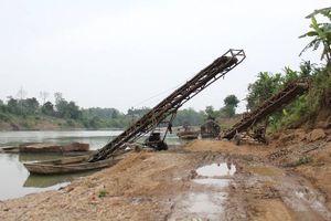 Thái Nguyên: 'Nóng' tình trạng khai thác cát sỏi trái phép trên Sông Cầu