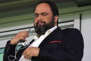Chủ tịch Olympiacos cho đội nghỉ hết mùa vì kết quả tệ