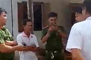 Cảnh cáo Thiếu tá CA bị tố dẫn côn đồ đánh dân
