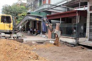 'Hố tử thần' ở Quảng Ninh lại há miệng sau khi bị lấp đầy