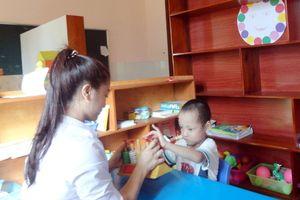 Dành yêu thương để trẻ khuyết tật hòa nhập