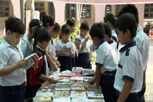 Hơn 1.500 học sinh hưởng ứng Ngày Sách Việt Nam 2018