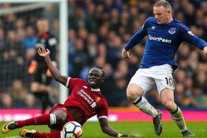 Everton vs Liverpool (0-0): Rooney tức giận khi phải rời sân