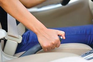 Những lỗi cơ bản người mới lái ôtô hay gặp phải