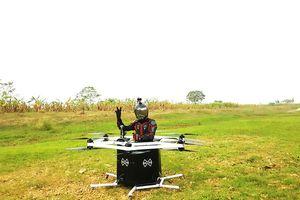 Cận cảnh thiết bị bay tự chế giá 400 triệu đồng của kỹ sư 8x ở Hà Nội