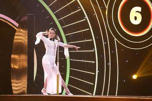 Thanh Duy gục ngã vì mỹ nhân đẹp tựa Tiểu Long Nữ hát 'thảm họa'