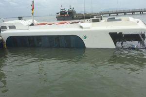 Trục vớt thành công tàu cao tốc bị chìm trên vùng biển Cần Giờ