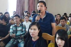 Lai Châu: 137 nhân viên y tế mất việc đối thoại với lãnh đạo Sở Y tế