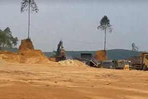 Phú Thọ: Khai thác đất trái phép diễn ra rầm rộ, chính quyền không hay biết?