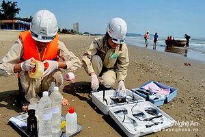 Chất lượng nước biển tại 4 bãi biển của Nghệ An đạt quy chuẩn