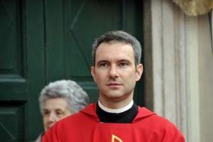 Nhà ngoại giao Vatican bị bắt vì tàng trữ phim ảnh ấu dâm