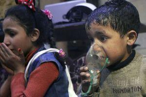 Vụ tấn công hóa học ở Syria: 'Trẻ em chết trước mắt chúng ta'