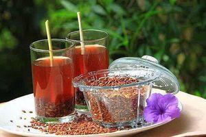 4 bài trà thuốc giảm đau cực tốt cho người viêm khớp