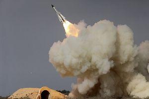 Phòng không Syria cũ kỹ nhưng 'vít cổ' được tên lửa Israel