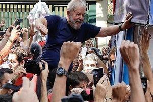 Chấp hành lệnh bắt, sự nghiệp chính trị của cựu Tổng thống Brazil chưa chắc đã chấm dứt