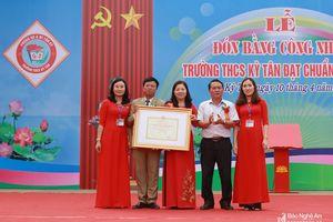 Trường THCS Kỳ Tân (Tân Kỳ) đón nhận danh hiệu Trường chuẩn Quốc gia