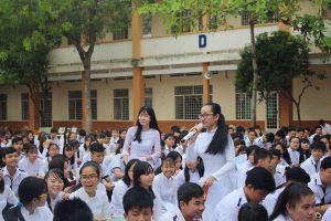 'Choáng' với thành tích khủng của em Phạm Song Toàn tại Trường THPT Long Thới