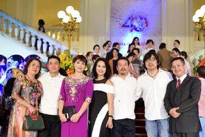 Nhà hát Tuổi trẻ tưng bừng kỷ niệm 40 năm thành lập