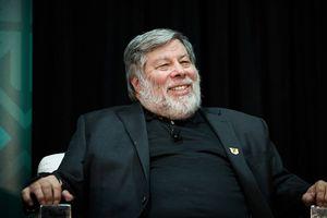 Đồng sáng lập Steve Wozniak của Apple xác nhận từ bỏ Facebook