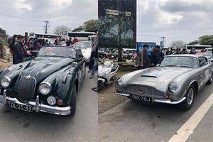 Dàn xe cổ Porsche, Aston Martin 'hàng hiếm' xuyên Việt