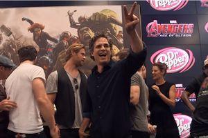 Dàn siêu anh hùng quay clip cảm ơn fan đồng hành với Marvel 10 năm