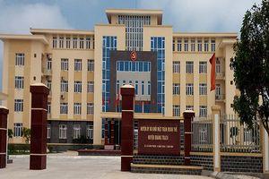 Vụ cả họ làm quan: Bí thư Tỉnh ủy Quảng Bình yêu cầu làm rõ