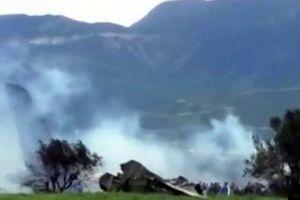 Thảm kịch rơi máy bay rúng động Algeria
