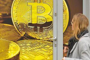 Giá Bitcoin bất ngờ tăng 17%, vượt 8.000 USD